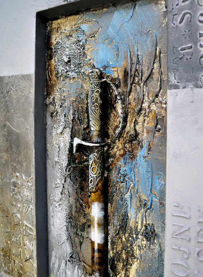 本物の剣をゴールド シルバー ブルーの特殊な塗料で封印 本物を使うことから生まれる立体感と華やかさ イーモンズアートコレクション 3D-SWORD02A6